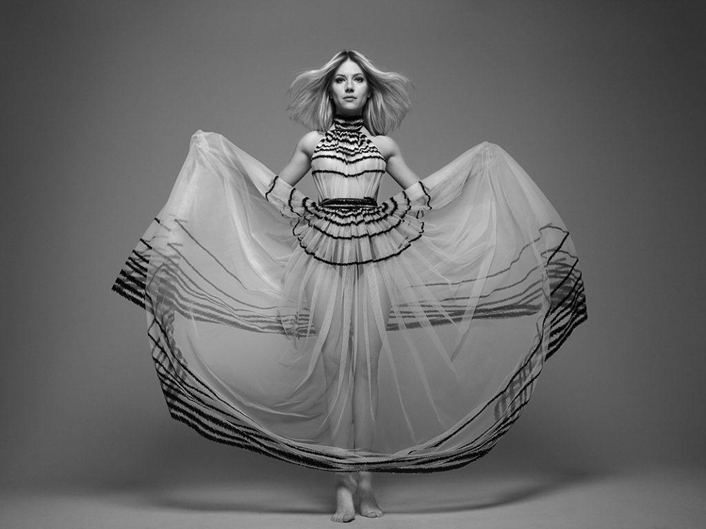 All on the edge entertainment fashion lifestyle art design music - Katheryn Winnick Teaser